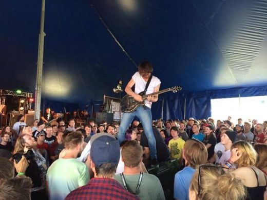 Riffing on a bin // Baby Godzilla at 2000 Trees