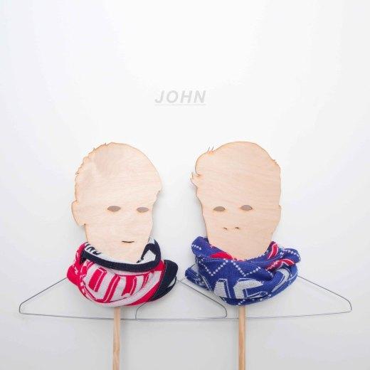 JOHN // HOMME D'AFFAIRES