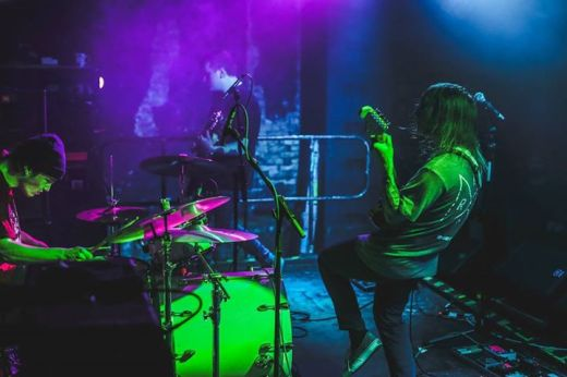 Milk Teeth smoshing it up live (Photo credit: Gingerdope Photography)