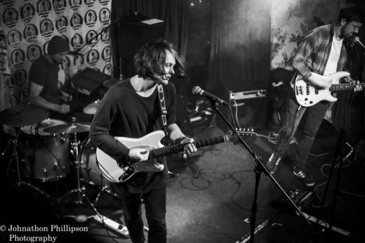 Manchester based trio Blooms (Photo Credit: Johnathon Phillipson)