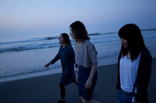 Click here for further tour information and to like tricot on Facebook!